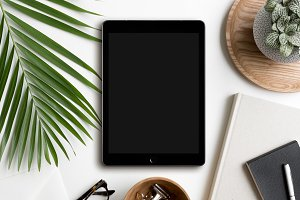 Workspace Flat lay iPad Mockup Photo