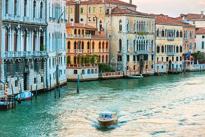 Trip boat on Grand Canal