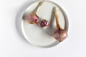 Bouquet of red onions.Flat lay