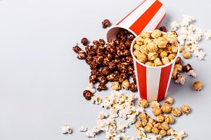 Assorted popcorn set in paper stripe