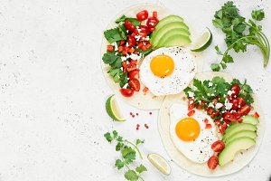 Healthy breakfast flatbread