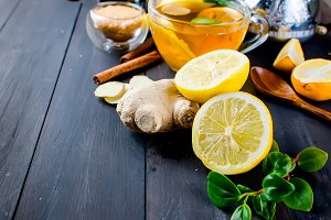 slice lemon and ginger for aromatic