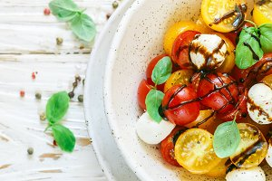 salad of yellow and red cherry tomat