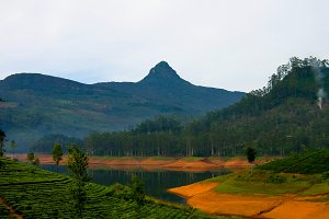 Panoramic view to Sri Pada peak and