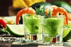 Shrimp cocktail with avocado sauce a
