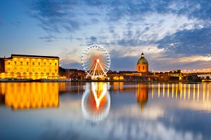 Ferries Wheel river Toulouse, France