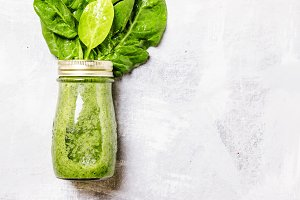 Spinach and banana green smoothies i