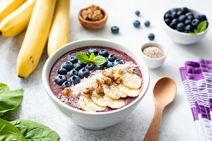 Acai smoothie bowl, superfood
