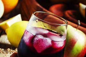Cold sangria fron red wine with appl