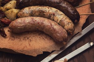 Grilled sausage with vegetables