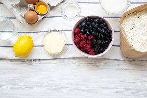 Raw ingredients: berries, lemon