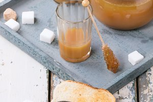 Toast with caramel sauce
