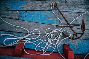Rustic Anchor with White Rope