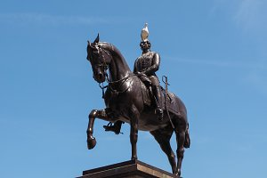 Prince Albert monument in Glasgow
