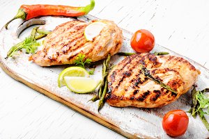 Roast chicken breast with lime