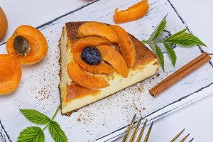 piece of cheesecake with apricots