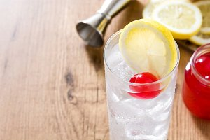 Classic Tom Collins cocktail