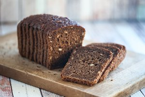 Whole-wheat bread with seeds cut