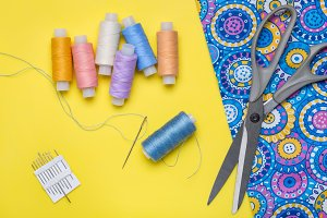 Fabric and objects for sewing.