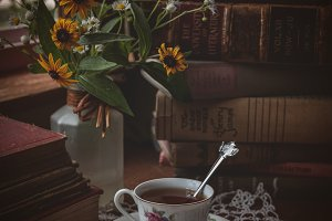 Vintage Books Tea Time