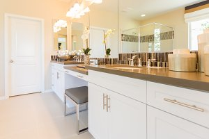 New Modern Bathroom Sink, Faucet, Su