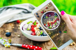 Mobile shot of smoothie bowl