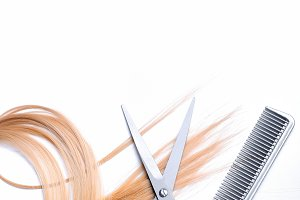 Barber scissors and comb