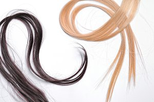 Tufts brown and blond straight hair