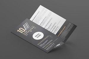 Brochure 3xDL Mockup 4