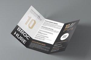 Brochure 3xDL Mockup 3