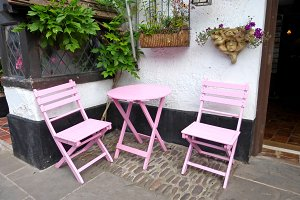 Courtyard Garden Pink Table Chairs