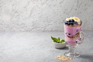 yoghurt with muesli, blueberries