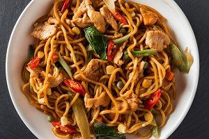wok stir-fry egg noodles with fried
