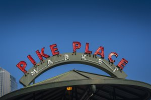 Seattle's Pike Place sign