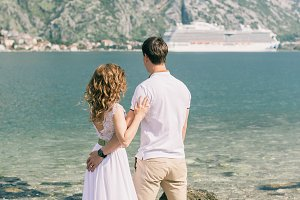 honeymoon couple travel europe