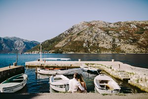 couple travel Balkans