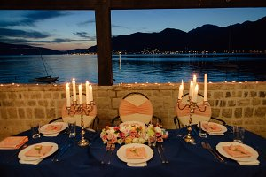 romantic table decoration with candl