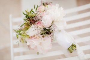 wedding bouquet of flowers in fine a