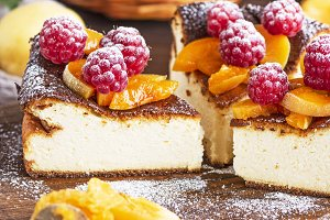 curd pie with raspberries