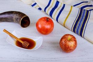 jewish holiday symbols rosh hashanah