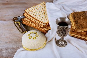 Passover background wine pesah bread