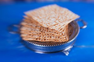 jewish traditional bread Passover