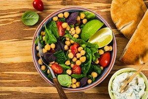 Salad with Garbanzo Bean