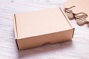 Cardboard carton gift box