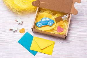 Cardboard carton gift box for kids