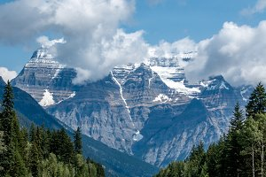 Mt. Robson Provincial Park Entrance