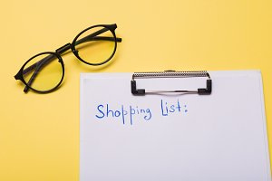 List of paper with words shopping