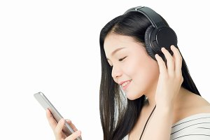 Asian Women are listening to music f