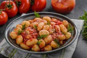 Gnocchi tomato sauce herbs
