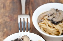 spaghetti pasta and wild mushrooms 041.jpg